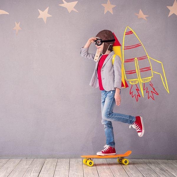 Курс Моделиране за деца от 8 до 14 г. Запознаване и овладяване на творческия процес чрез средствата на скулптурата.