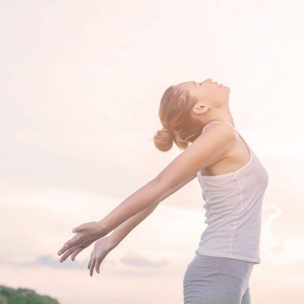 Часовете в курса са съчетани с йога и пилатес упражнения, преминавайки към набор от комбинации на базата на релийз техника и други, упражнения и задачи от контактната и групова импровизация.