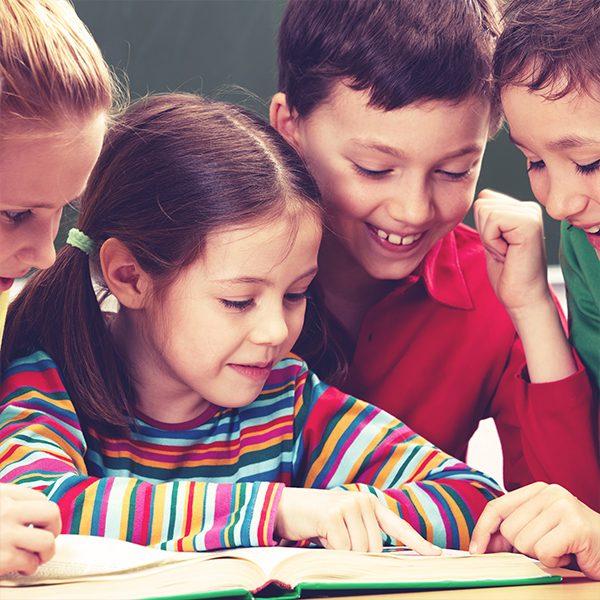 Курс по английски език за деца в 1 и 2 клас. Иновативни методи на обучение, развитие на способността за асоциативно мислене и желанието за откривателство.