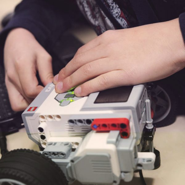 Роботика с Robopartans