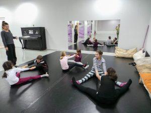 съвременен-танц-за-деца-tanci-za-deca-11