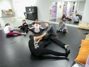 съвременен-танц-за-деца-tanci-za-deca-12
