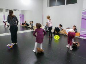 съвременен-танц-за-деца-tanci-za-deca-15