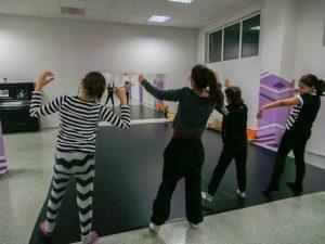 съвременен-танц-за-деца-tanci-za-deca-17