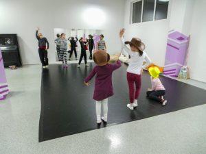 съвременен-танц-за-деца-tanci-za-deca-24