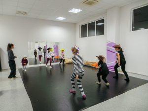 съвременен-танц-за-деца-tanci-za-deca-26