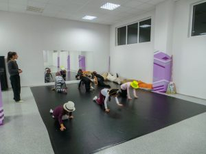 съвременен-танц-за-деца-tanci-za-deca-27