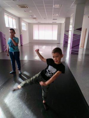 съвременен-танц-за-деца-tanci-za-deca-3