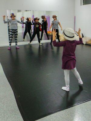съвременен-танц-за-деца-tanci-za-deca-30