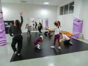 съвременен-танц-за-деца-tanci-za-deca-33