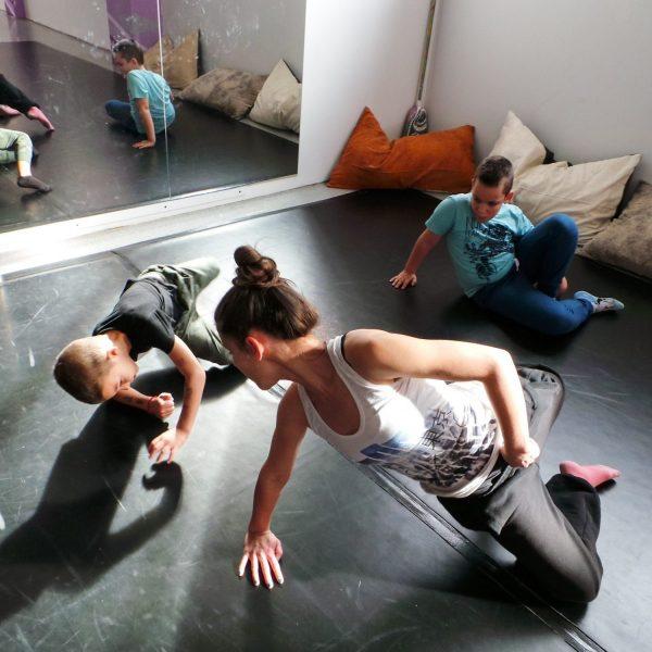 съвременен-танц-за-деца-tanci-za-deca-5