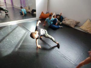 съвременен-танц-за-деца-tanci-za-deca-6
