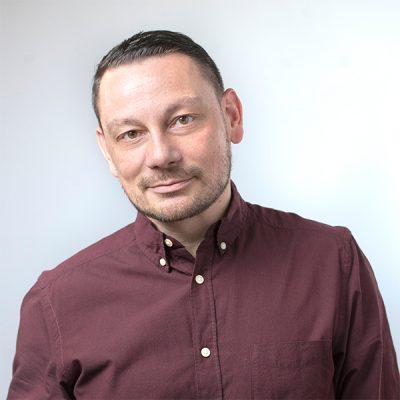 Светослав Томов